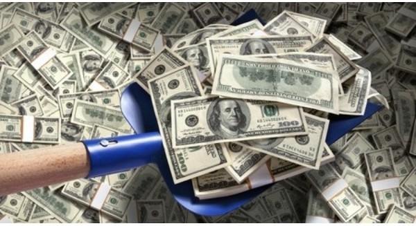 Tại sao kiếm nhiều tiền không khiến bạn giàu?