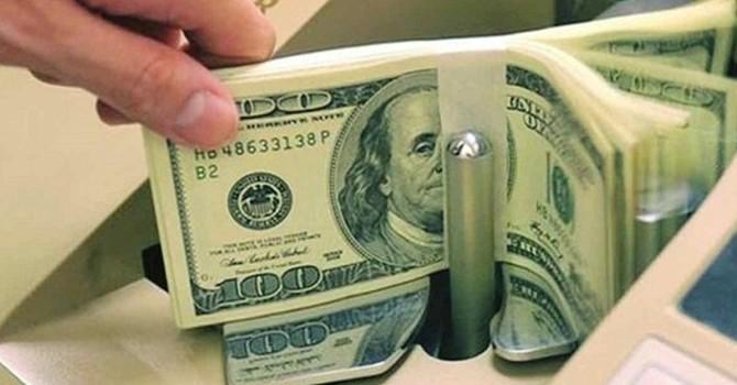 Năm nào cũng vay tiền để đảo nợ