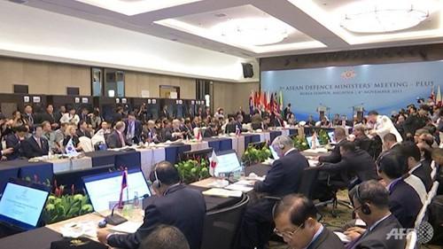 Cuộc đối đầu khiến hội nghị quốc phòng ASEAN lần đầu hủy tuyên bố chung