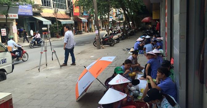 Công nhân Công ty Cổ phần dệt Mùa Đông: Mỏi mòn nơi lề đường đòi quyền lợi