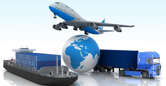 """Logistics yếu """"kìm chân"""" xuất khẩu"""