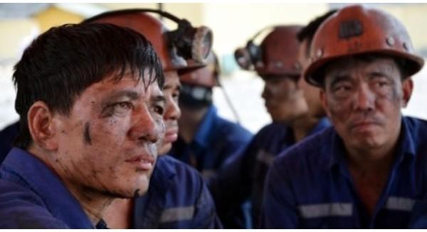 Tại sao tăng lương tối thiểu có thể là... tin buồn với người lao động?