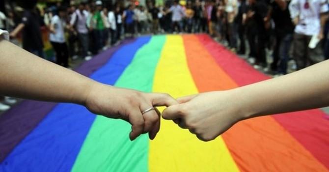 Quyền chuyển giới được thừa nhận, chuyển giới vẫn cần chờ luật thông qua