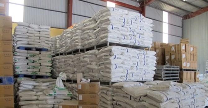 Niêm phong hàng tấn thức ăn chăn nuôi nghi sử dụng chất cấm