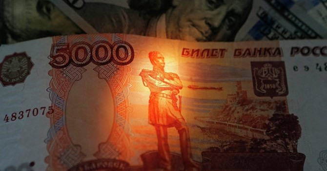 "Giá dầu 30 USD sẽ ""hủy diệt"" kinh tế Nga?"