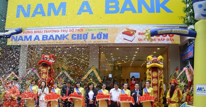 Nam A Bank khai trương liên tiếp trụ sở mới
