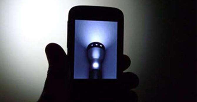 Hàng trăm triệu smartphone được huy động tấn công Internet