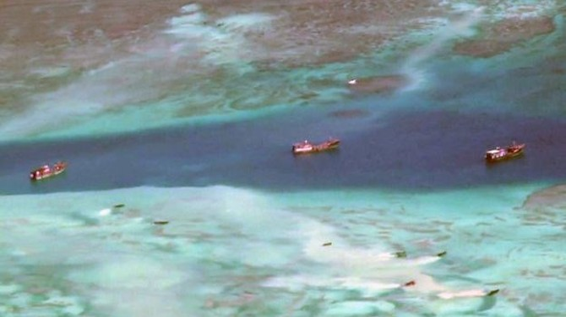Không chiếm được đảo, ngư dân Trung Quốc hủy diệt san hô ở Biển Đông