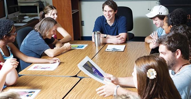 Ngành truyền thông: Từ du học đến chuẩn bị cho sự nghiệp