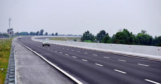 Làm đường cao tốc: Chớ trông chờ vào tiền ngân sách