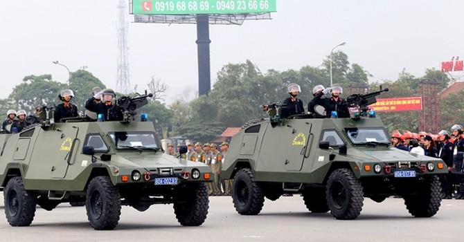 Trực thăng, xe bọc thép và 5.000 người bảo vệ Đại hội Đảng