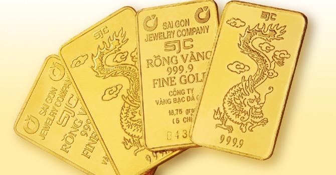 Vàng bị móp, một số ở Sài Gòn: Đủ 10 lượng mới được đổi