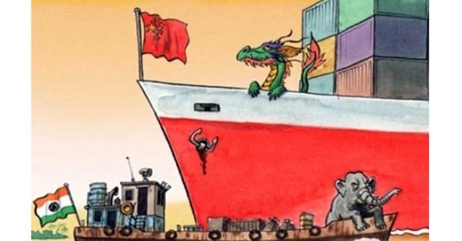 Suy yếu nhưng Trung Quốc vẫn đóng góp cho thế giới nhiều hơn Ấn Độ