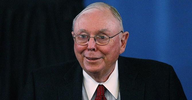 """8 câu nói hay nhất từ """"cánh tay phải"""" của tỷ phú Warren Buffett"""