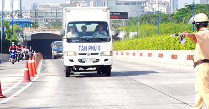 Cảnh sát giao thông được phạt nhiều lĩnh vực?