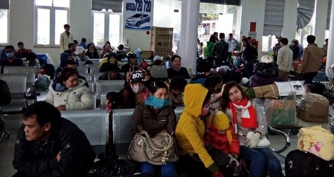 Hàng trăm người Lý Sơn bị kẹt chưa thể về đảo đón tết