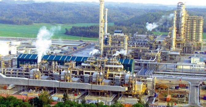 """Nhà đầu tư dầu khí rút khỏi Việt Nam: """"Trong rủi, có may"""""""