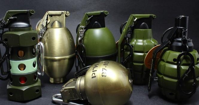 """Vật thể """"lạ"""" phát hiện ở Cảng hàng không Phú Bài là... lựu đạn đồ chơi"""