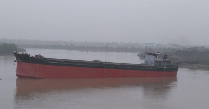 Đã gỡ tàu Thành Luân 28 ra khỏi cầu An Thái