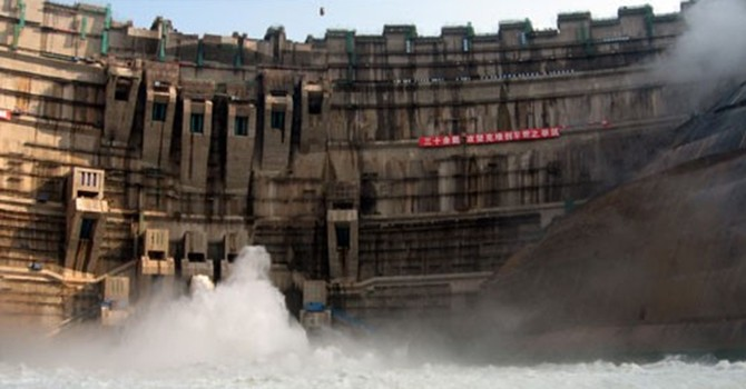 Hàng chục đập thủy điện sẽ giết dòng Mekong như thế nào?