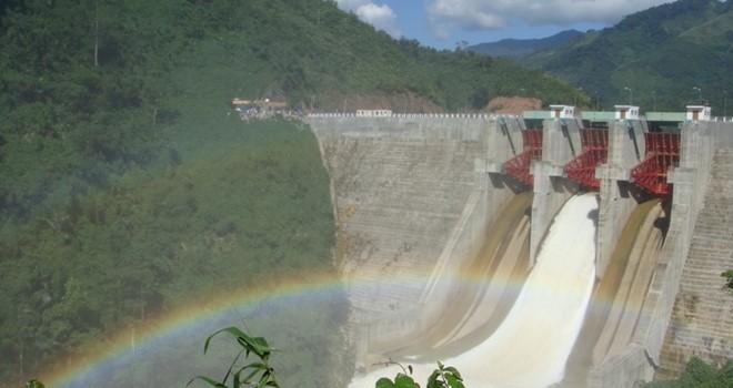 Nhiều thủy điện ngừng hoạt động vì hạn hán