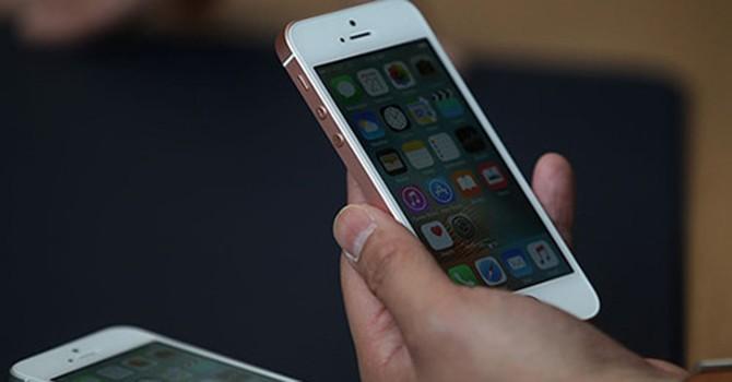 5 điểm gây tranh cãi trên iPhone SE