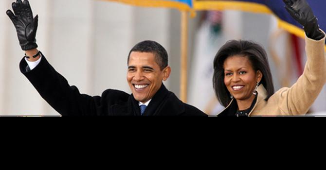 Nhà ông Obama kiếm hơn 400.000 USD một năm