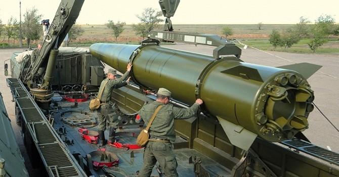 """[Video] Nga phô diễn sự """"khủng khiếp"""" của tên lửa hành trình Iskander-M"""
