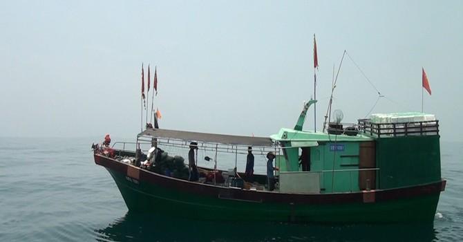 Phát hiện một tàu cá Trung Quốc vi phạm lãnh hải Việt Nam