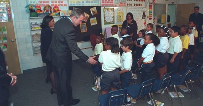 Công bố ảnh Tổng thống Bush trong ngày Mỹ bị tấn công 11/9