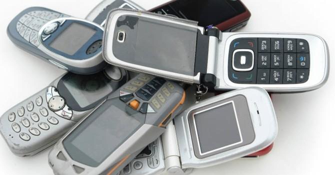 """Có phải chúng ta đã chán smartphone để quay về với điện thoại """"cục gạch""""?"""