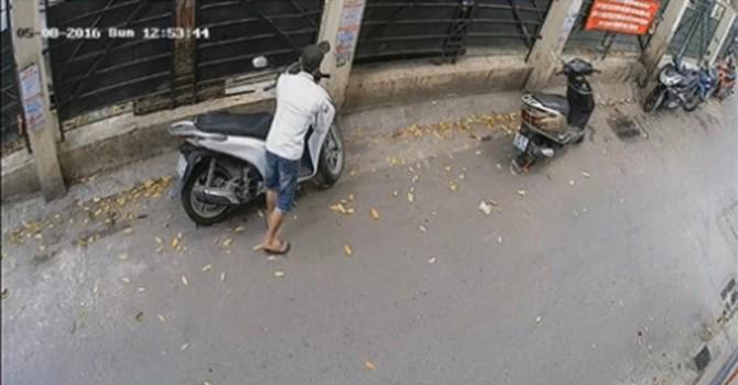 Cảnh sát hình sự Hà Nội bày cách chống trộm xe máy