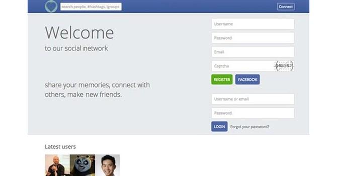 """Mạng xã hội """"nhái"""" Facebook của Triều Tiên bị sinh viên 18 tuổi """"đánh sập"""""""