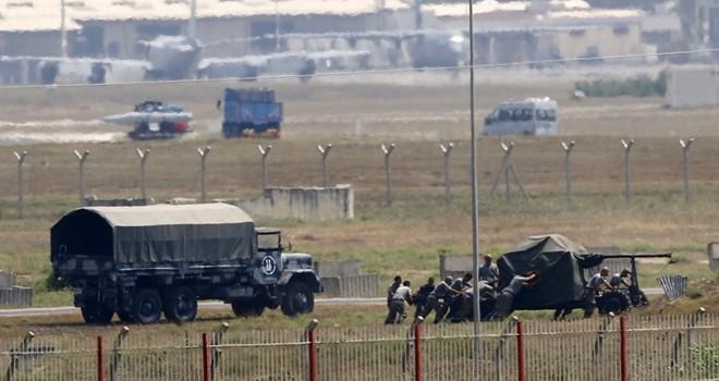 [Video] UAV của Nga quay được cảnh đoàn xe tải chở vũ khí từ Thổ Nhĩ Kỳ