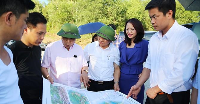 FLC Group tìm hiểu cơ hội đầu tư tại Hà Tĩnh