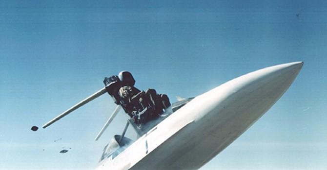 Các sự cố khiến phi công gặp nguy hiểm khi nhảy dù