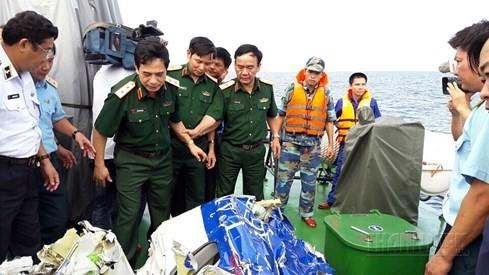 Vớt thêm được 1 thi thể trong trang phục quân nhân ở nơi tìm CASA-212