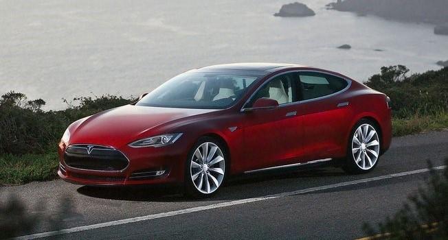 Mỹ điều tra công nghệ tự lái của Tesla sau tai nạn