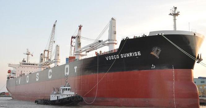 Vận tải biển trượt dài trong khủng hoảng