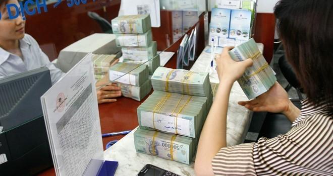 Lãi suất huy động tăng do các ngân hàng cần làm đẹp sổ sách