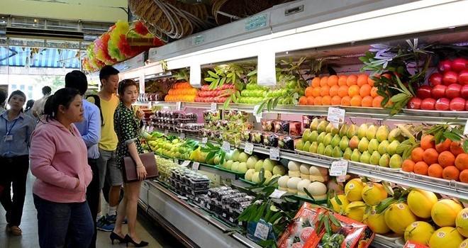 Người Việt nhắm mắt chi bạc triệu mua trái cây nhập