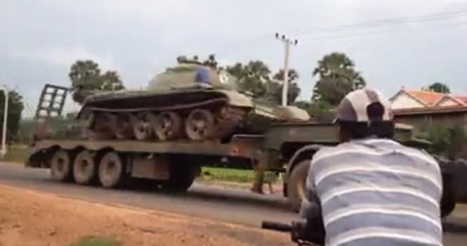 Campuchia điều tra âm mưu đảo chính, xe tăng tiến về Phnom Penh