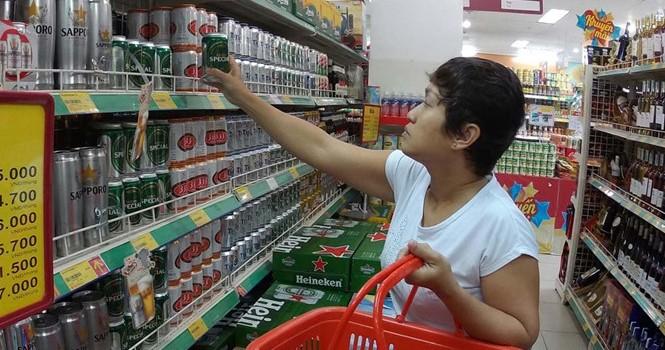 """Nội """"đấu"""" ngoại trên thị trường bia: Doanh nghiệp nội tăng tốc"""