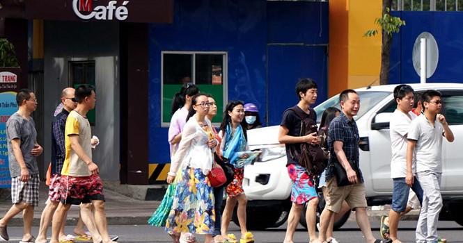 """Nhiều du khách Trung Quốc """"quỵt"""" tiền viện phí"""