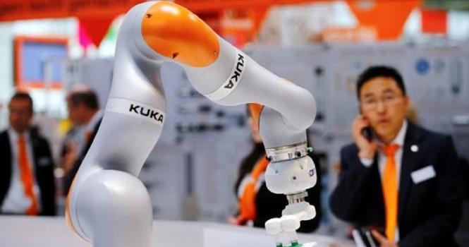 """Robot sẽ """"tàn phá"""" các nước đang phát triển"""