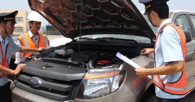 Nghi vấn hải quan tiếp tay hạ giá siêu xe để trốn thuế