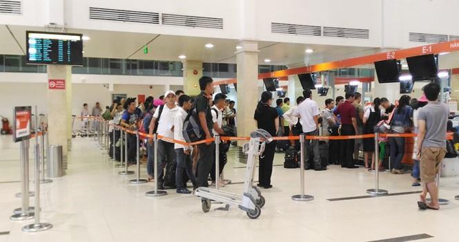 Sân bay Tân Sơn Nhất sau hacker tấn công: Hành khách trật tự, thủ tục thông suốt
