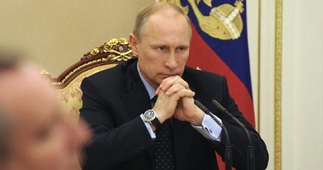 """Tổng thống Putin """"bí bài"""" vực dậy kinh tế Nga?"""