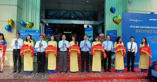 Bảo Việt chính thức ra mắt sản phẩm tích hợp Bảo hiểm - Ngân hàng: BAOVIET Easy Car