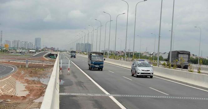 Vùng kinh tế trọng điểm gặp khó vì giao thông